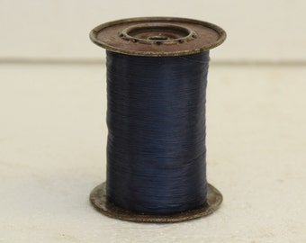 Large vintage spool Navy acetate fiber