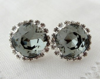 Gray Swarovski crystal stud earrings, Large Gray Black diamond Rhinestone earrings, Smokey gray, Bridal, Bridesmaid earrings, silver or gold