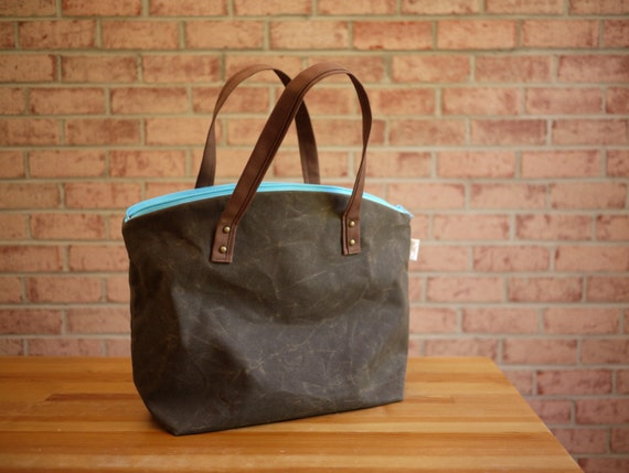 Waxed Canvas Zipper Tote in Olive Brown- Medium Vegan Day Bag/ Back to School