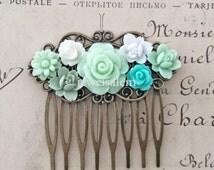 Mint Green Wedding Hair Comb Bridesmaid Gift Bridal Head Piece Pastel Green  Sea Foam Pale Green Shabby Chic Vintage Inspired