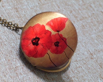 Red Floral Poppy Brass Art Locket Necklace, Round Floral Flower Pendant, Red Flower, Remembrance Locket, Keepsake Locket, Brass Locket