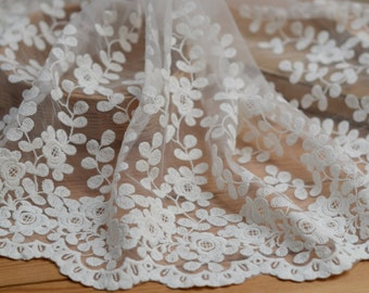 ivory lace fabric trim, floral lace trim, antique lace trim  2 yards