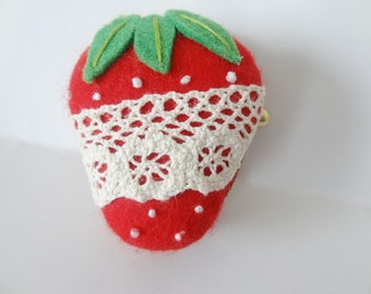 Strawberry with white lace macaron/macaroon coin case