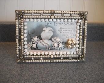 "Frame Jewelry Postcard ""Elegant  Easter Chick ""  Highly Detailed Metal  Frame - Floral Arrangement - ""Easter Wishes"""