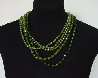 Green Beaded Vintage Necklace