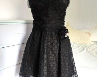Little Black Dress, Black Party Dress, Bridesmaids Short Black Dress, Semi Formal, Black Strapless Cocktail Dress Size 6,BCBG Max Azria