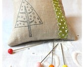 LINEN STAMPED PINCUSHION with Green ribbon