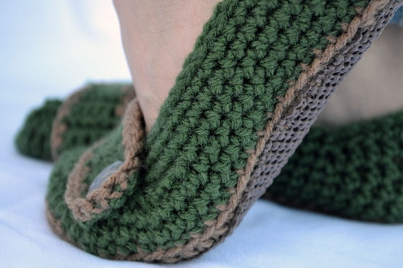 Olive and brown slippers, crochet slippers, womens slippers, womens crochet slippers, winter slippers, button slippers, crochet socks