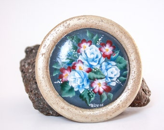 VTG 1980's Round Folk Art  Floral BROOCH // Hand Painted / Blue, Gold // FREE Shipping