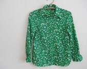 Green Floral 1960s Long Sleeve Ladies Shirt, Gift For Your Hot Wife, Vintage Mid Century Designer Summer Shirt