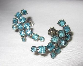 Sparkling Ice Blue Rhinestone Earrings - Vintage 1950s Screw Back Screw On Vintage Jewelry