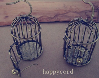 2pcs  Antique bronze bird cage charm pendant 24mmx51mm