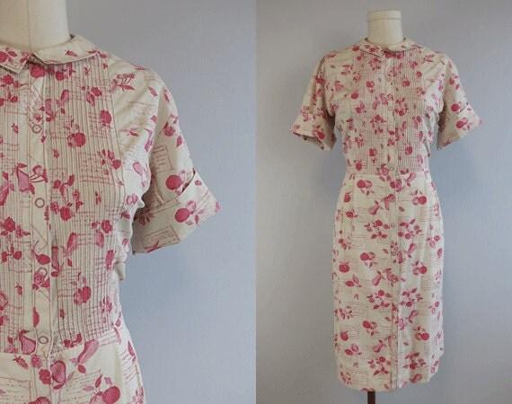 Vintage 1960s Dress / 60s Novelty Fruit Print Shirt Dress with Peter Pan Collar Beige Pink Raspberry