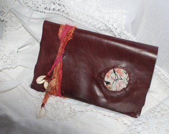 At the Bodoir - e-reader sleeve - Burgundy distressed leather - OOAK - Tribal - Tablet cover - e-book reader sleeve - Pad sleeve