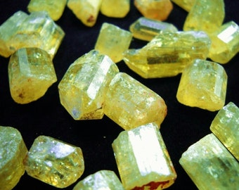 """Multipack 3/8+"""" Apatite crystals SIZE SMALL natural gemstone rock stone lemon yellow mineral specimen"""