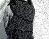 classic black chunky hand knit scarf