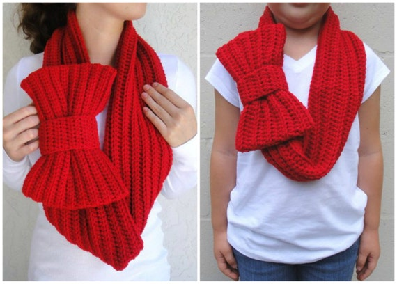 MOMMY AND ME Matching Scarf Set w/Free GIft--Cherry Red Bow Infinity Scarf, Chunky Neck Warmer / Cowl, crocheted, handmade