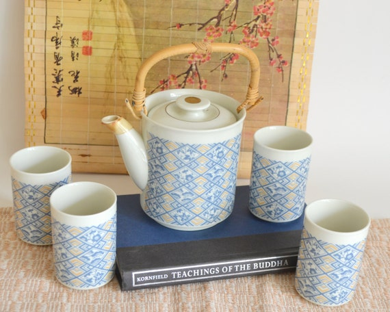 Vintage Tea Pot Amp Cups Fine China Made In Japan Japanese
