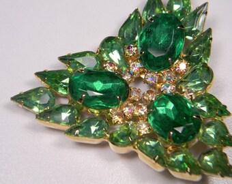Emerald Green Glass and Rhinestone Brooch, Classic Elegant Aurora Borealis, Quality Vintage