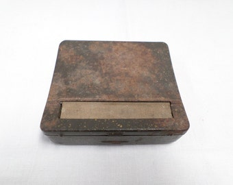Old French Dude 's cigarette roller with it's original documentation w879