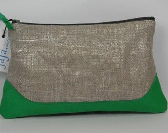 Pouch LOUISE shiny linen and emerald green leather