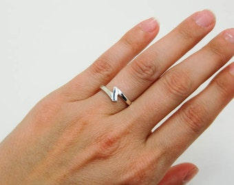 Sterling Silver Ring - Silver Zig Zag Ring - Lightning Bolt Ring