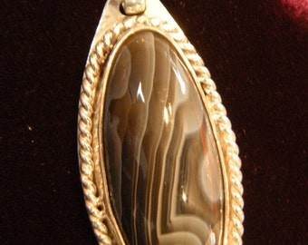 Botswanna Agate pendant hand fabricated in Sterling Silver