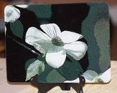 Glass Cutting Board - Dogwood - 7.75in  x 10.75in