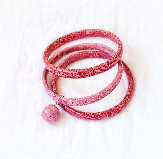 Hand-sculpted bangles, Stacking Bangles, Bracelets with pink leopard print - Set of 3 handmade bracelets Free shipping