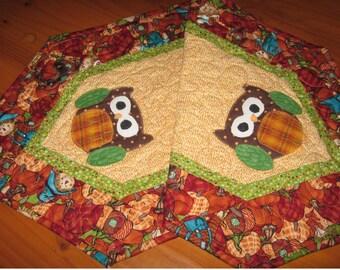 Thanksgiving owl table runner, owl table decor for holidays