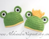 TWIN FROG HATS - photo prop -  acrylic - newborn - baby - made to order