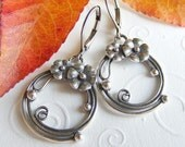 Antique Silver-Plated Flower and Vine Earrings on Leverbacks. Garden. Floral. Lovely. Vintage Look. Round.