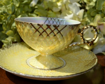Luster Ware Fine Bone China Tea Cup and Saucer, Yellow/White Floral Motif, Japan