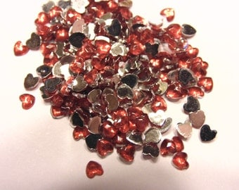 100 red heart flat back rhinestone beads, great for nail art, 3 mm (S1)