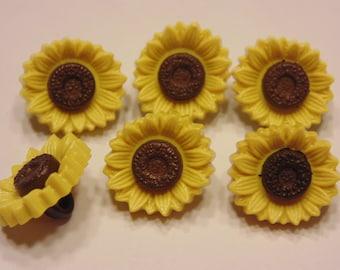 6 acrylic sunflower buttons, 15 mm (11)
