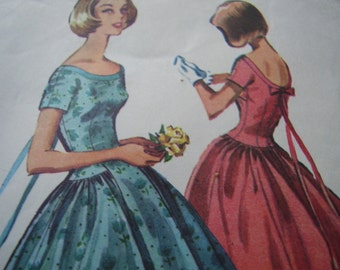 Vintage 1950's McCall's 3999 Dress Sewing Pattern, Size 16, Bust 36