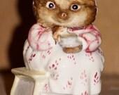 "Vintage Royal Albert Beatrix Potter Mrs. Tiggy Winkle Hedgehog 1989 ceramic pottery   ~~Beatrix Potter's~~  ""Mrs. Tiggy Winkle Takes Tea"""