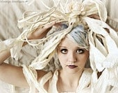 Palm,BOW,Avant garde, paper,haute couture,high fashion,avant garde,fashion,headpiece,bow,Eggshell,ribbon,headdress,dress,gown,outfit,look