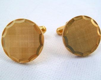 Vintage 1980s Goldtone Crosshatched Inscribed Sunburst Angle Post Cufflinks