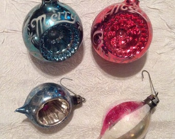 Vintage Set of 4 Indented Christmas Ornaments, 2 Large and 2 Small