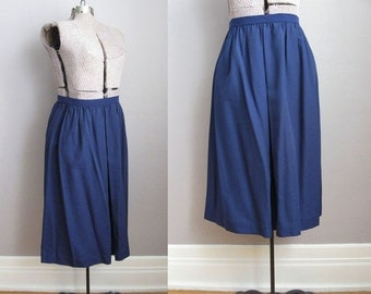 1970s Navy Skirt Pleated Front 70s Full Skirt / Medium Large