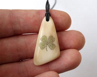 Four Leaf Clover, Lucky charm, Luck amulet, Luck Talisman, Antler necklace, Scrimshaw jewerly, Scricmshaw pendant, Clover, Leaf, Antler