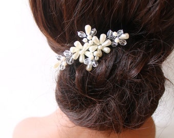 Bridal Crystal Pearls Comb, Hair Crystal Fascinator, Hair Jewelry