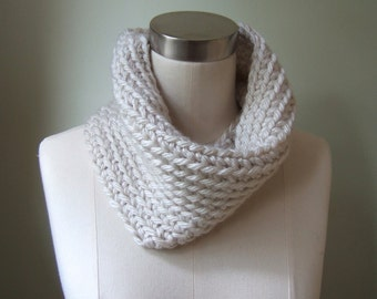 Cream Infinity Scarf / Crochet Scarf