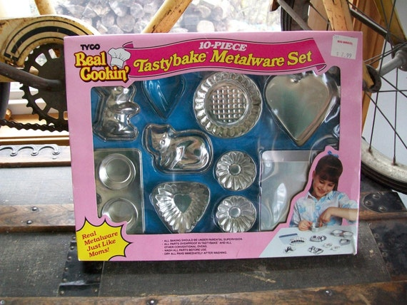 1980 39 s new children 39 s baking set tyco real by lucysluckydeals. Black Bedroom Furniture Sets. Home Design Ideas