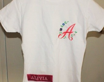 Monogram T-Shirt for child, one monogram letter and one name.