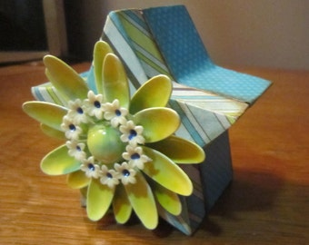 Decoupaged Wooden Star Jewelry Trinket Box Magnetic Lid Teal Yellow Striped Polka Dot Daisy Brooch Engagement Ring Box