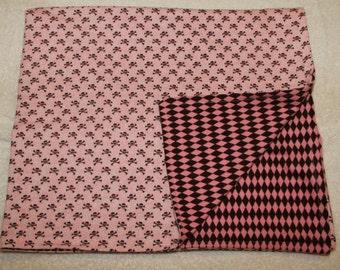 Pink Skull Cuddle Blanket