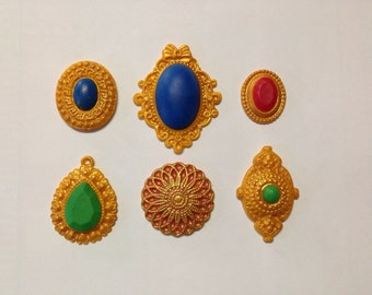 Silicone molds (assorted brooches and pendant molds)