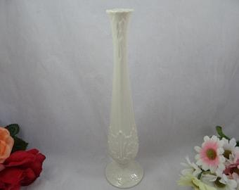 "Beautiful Lenox Fine China Florentine Collection Cream 11"" Bud Vase - Charming"